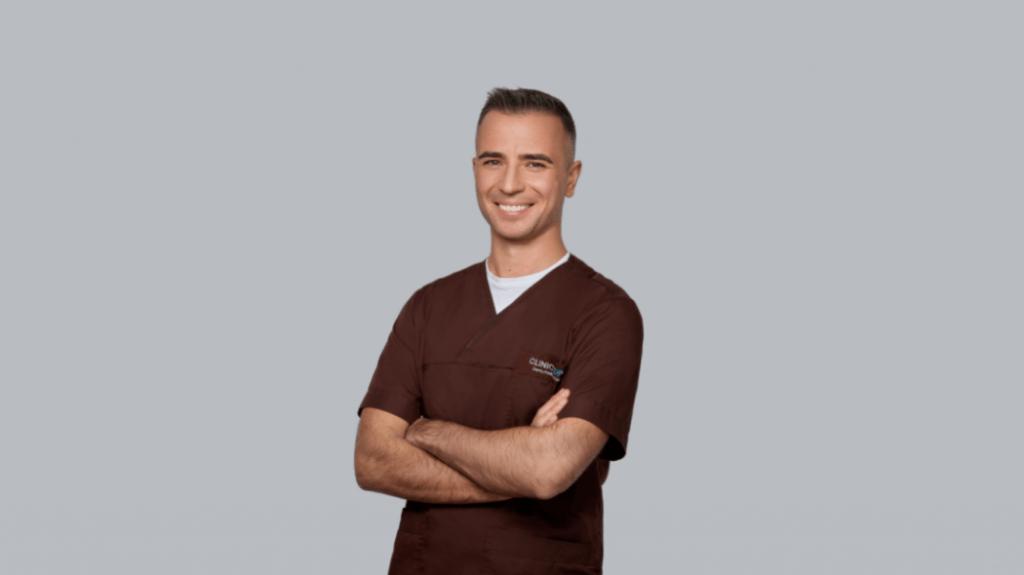 Netekusiems visų ar daugumos dantų – laiko patikrintas gydymo metodas